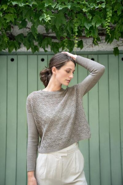 Rosy Green Wool Anleitung - Pullover Let it Fall von Matilda Kruse