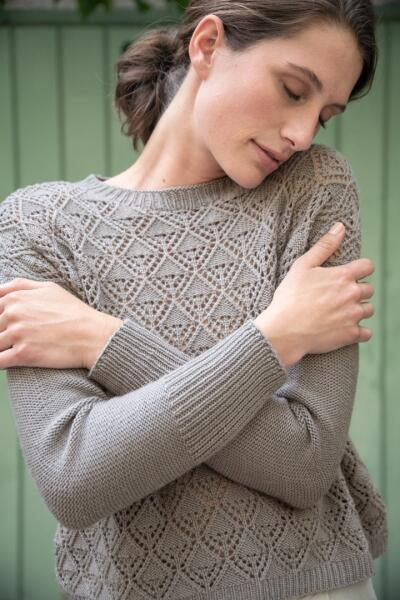 Rosy Green Wool Anleitung - Pullover Let it Fall